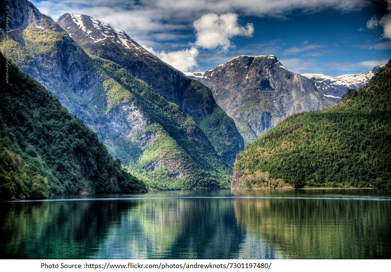 tourist attractions in Naeroyfjord