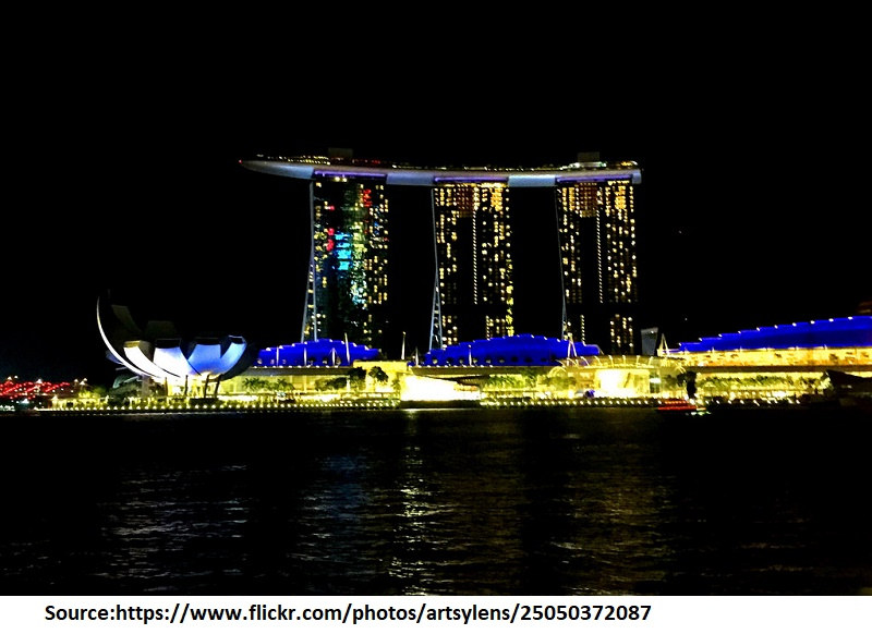 Take a Singapore River Cruise by night