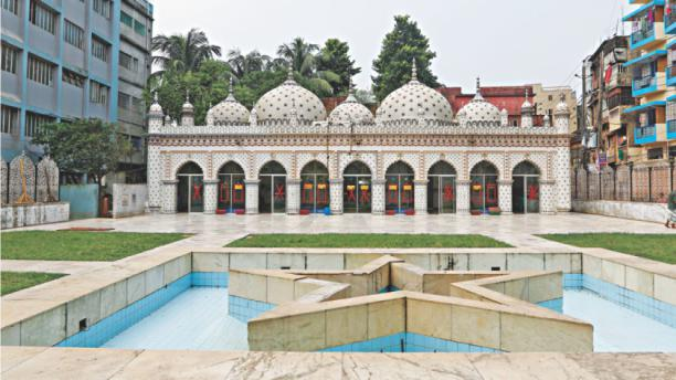 Tourist attractions in Dhaka  Star Mosque