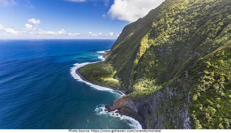 tourist attractions in Molokai