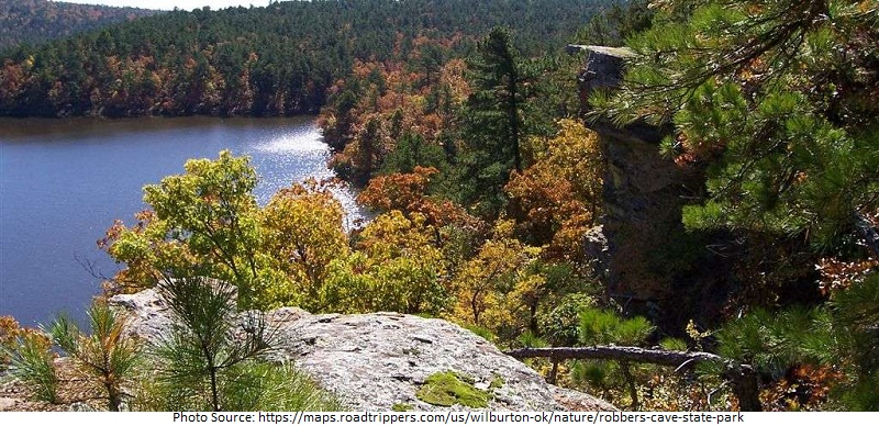 tourist attractions in Robbers Cave State Park