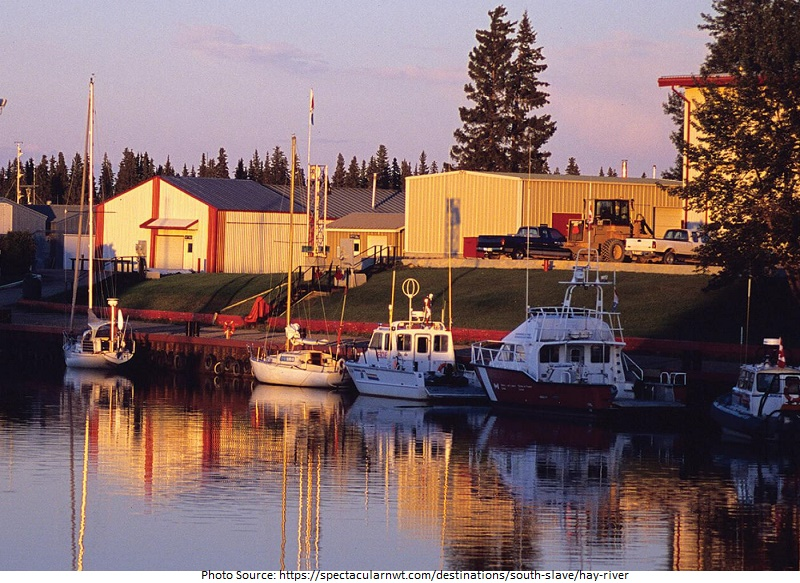 tourist attractions in Hay River