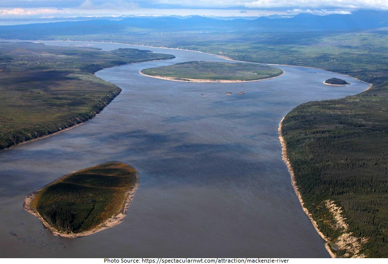 tourist attractions in Mackenzie River