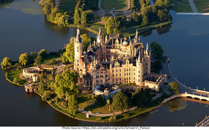 tourist attractions in Schwerin Castle