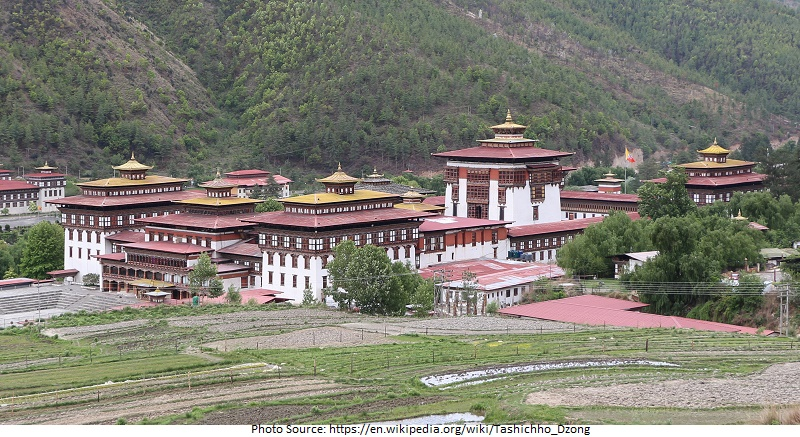 tourist attractions in Tashichho Dzong